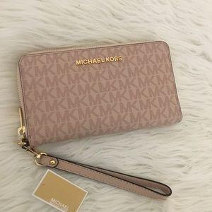 New mk wallet